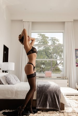 Clodine ebony escorts and happy ending massage