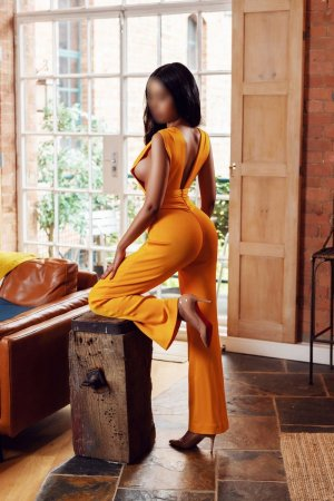 Kimberlay ebony escort girl in New Braunfels & massage parlor