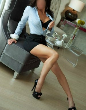Clodia escort girl, thai massage
